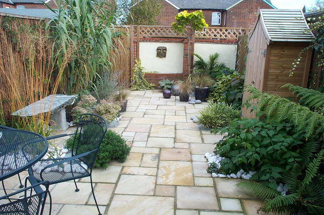 modern patio designs uk
