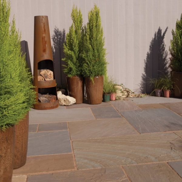 Bradstone, Blended Natural Sandstone Patio Paving Rustic Buff Blend Patio Pack - 19.52 m2 Per Pack