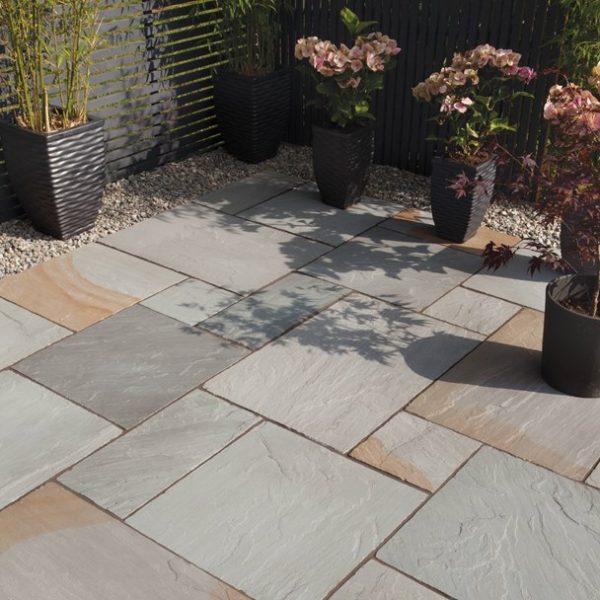Bradstone, Blended Natural Sandstone Patio Paving Rustic Grey Blend Patio Pack - 19.52 m2 Per Pack