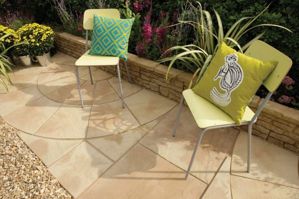 Bradstone Old Riven Concrete Paving Autumn Cotswold 2 Ring Circular Paving - 1 Pack