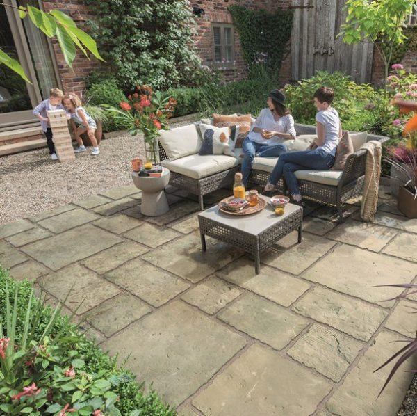 Bradstone Old Town Paving Grey-Green 600 x 600 - 22 Per Pack